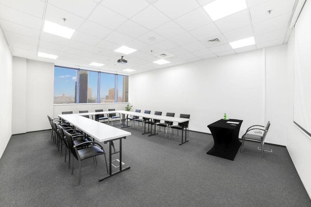 Sala szkoleniowo - konferencyjna H na wynajem Golden Floor Plaza, al. Jerozolimskie 123A, Warszawa Centrum