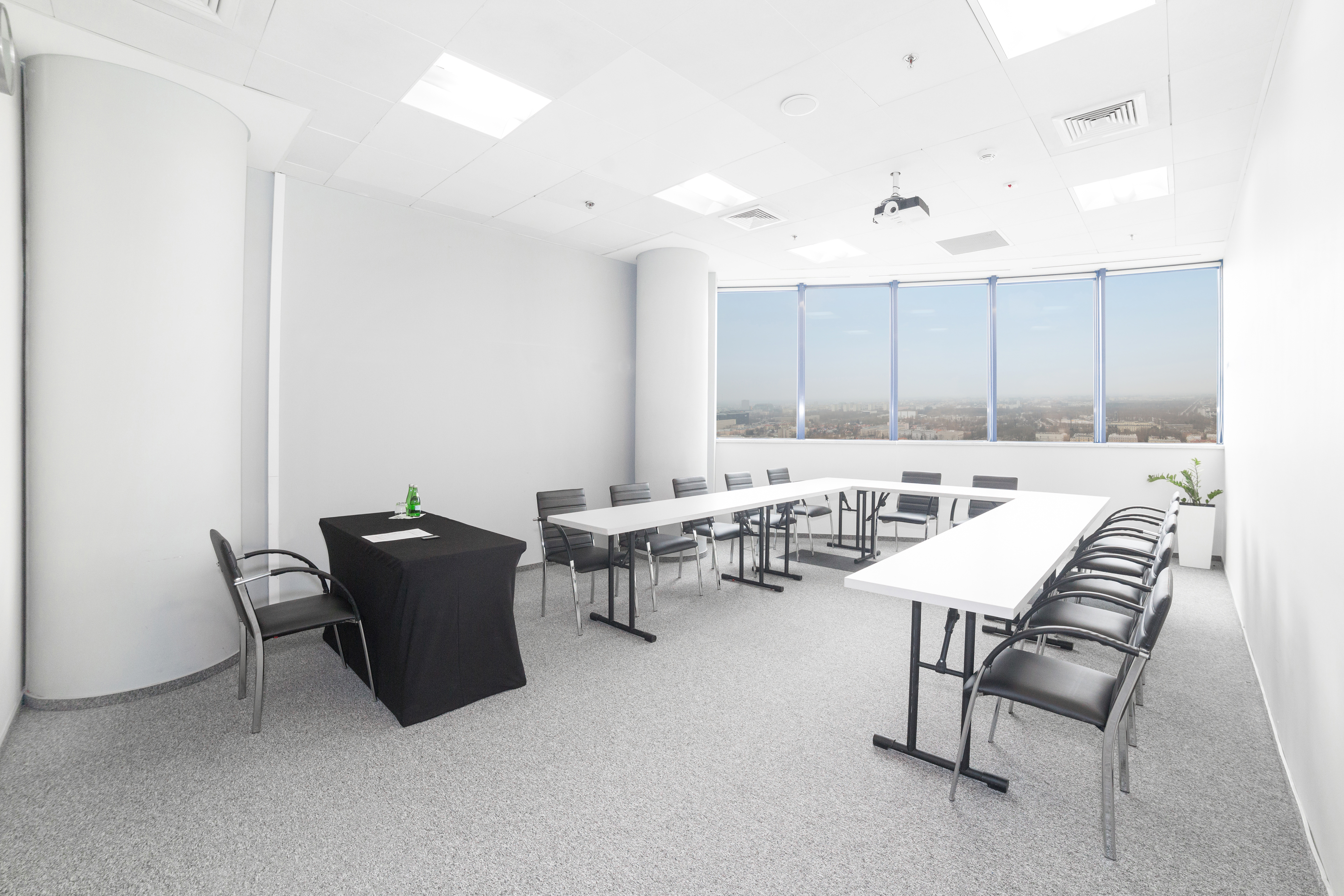Sala szkoleniowo - konferencyjna 12 na wynajem Golden Floor Plaza, al. Jerozolimskie 123A, Warszawa Centrum