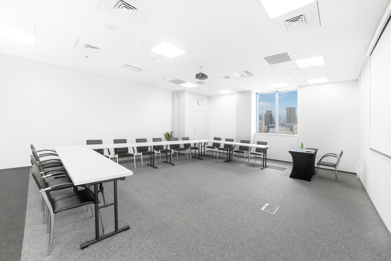 Sala szkoleniowo - konferencyjna 2 na wynajem Golden Floor Plaza, al. Jerozolimskie 123A, Warszawa Centrum