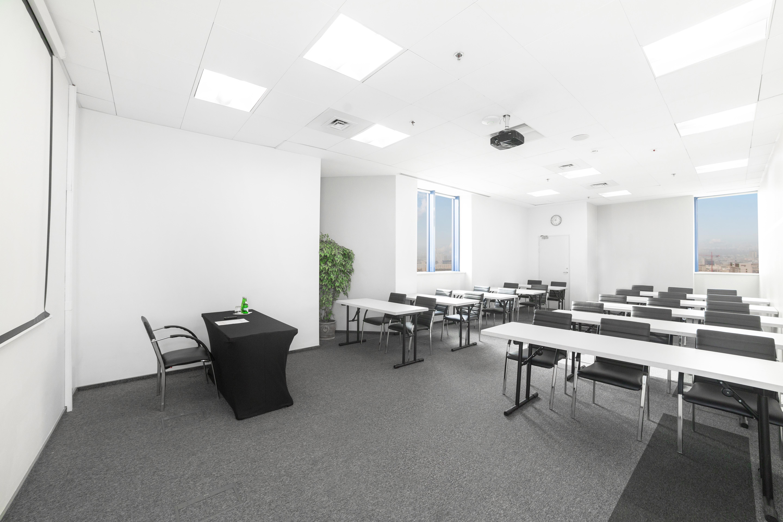Sala szkoleniowo - konferencyjna 4 na wynajem Golden Floor Plaza, al. Jerozolimskie 123A, Warszawa Centrum