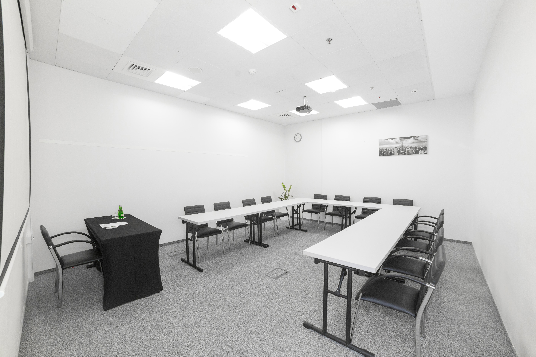 Sala szkoleniowo - konferencyjna 9 na wynajem Golden Floor Plaza, al. Jerozolimskie 123A, Warszawa Centrum
