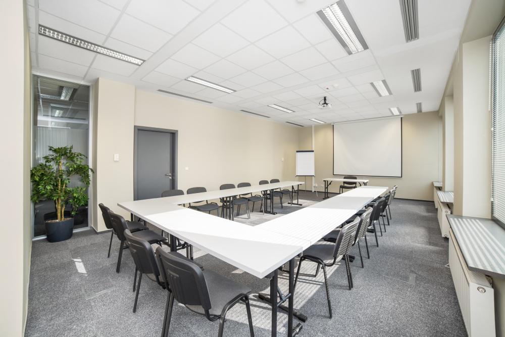 Sala szkoleniowo - konferencyjna Z4 na wynajem Golden Floor Airport, ul. Komitetu Obrony Robotników 45B, Warszawa Centrum