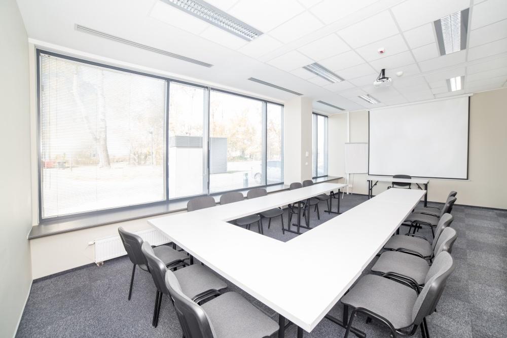 Sala szkoleniowo - konferencyjna Z5 na wynajem Golden Floor Airport, ul. Komitetu Obrony Robotników 45B (dawniej 17 Stycznia 45B), Warszawa Centrum